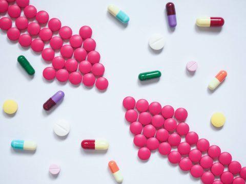 interakcje-lekow-na-tarczyce-z-zywnoscia-thyroset